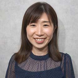 グラマラススタッフ田中リナさん