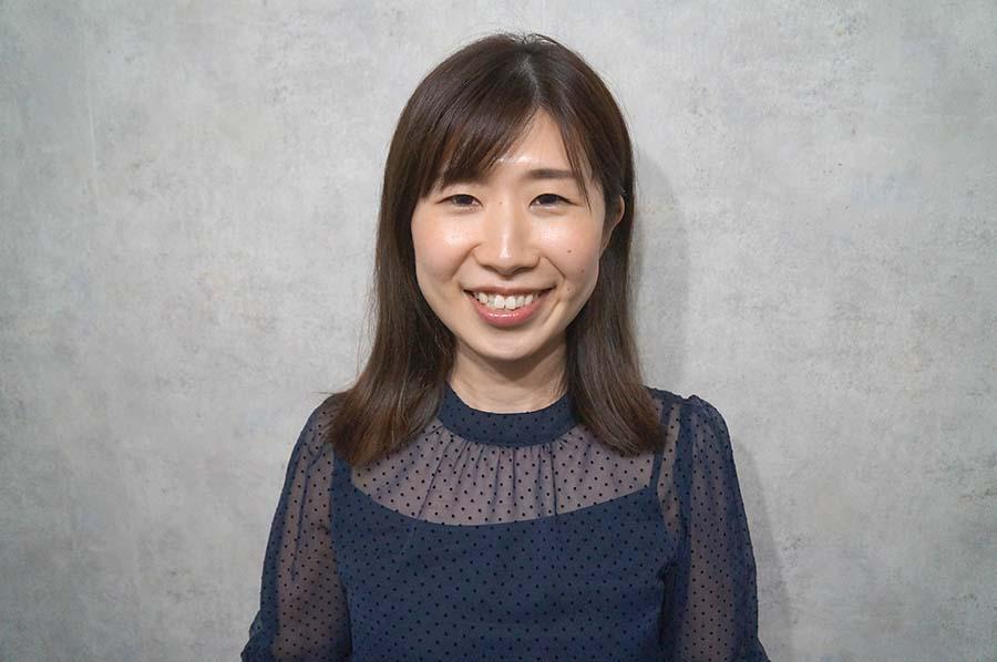 グラマラスブランドスタッフ田中リナさん